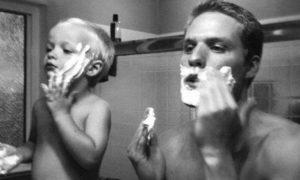 pai-filho-fazendo-a-barba